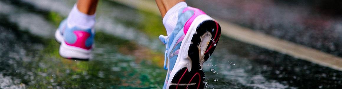 running shoe girl runner